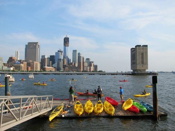free-kayaking-nyc-pier-40-hudson-river